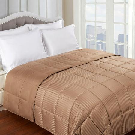Lightweight All-season Down Alternative Reversible Blanket by Home City Inc ()