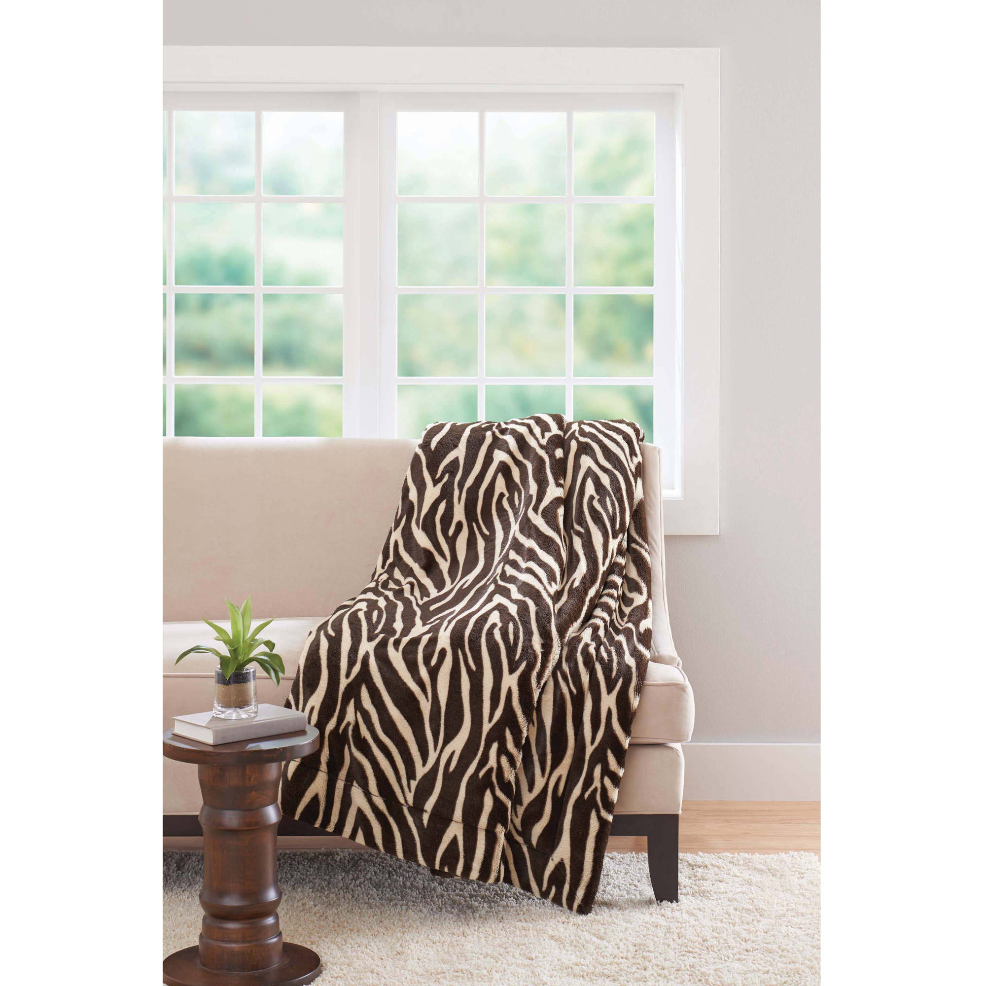 "Better Homes and Gardens 50"" x 60"" Faux Fur Throw"