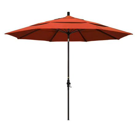 Diameter Fiberglass Market Umbrella (California Umbrella Sun Master Series Patio Market Umbrella in Olefin with Aluminum Pole Fiberglass Ribs Collar Tilt Crank)