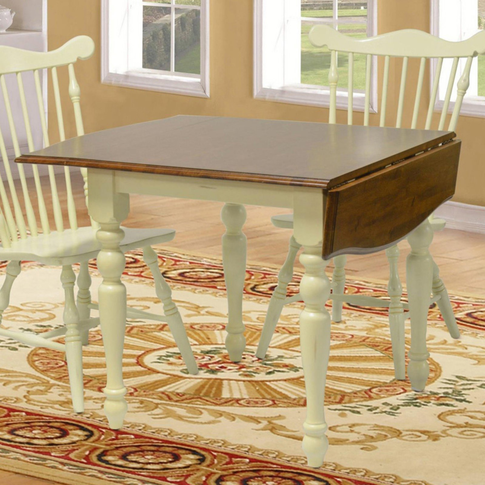 Chelsea Home Boxborough Dining Table