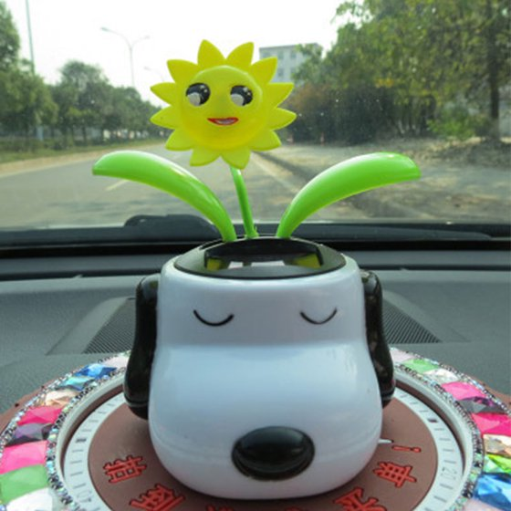 842552bb31284 Automobile Decoration Solar Powered Cartoon Snoopy Shape Flowerpot Flip Flap  Leaf Dancing Car Toys - Walmart.com