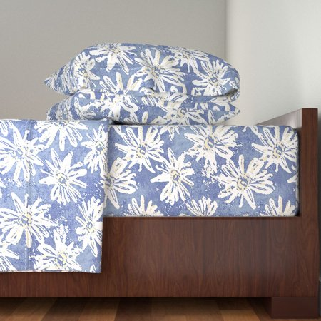 Floral Retro Style Blue White Flower 100% Cotton Sateen Sheet Set by Roostery