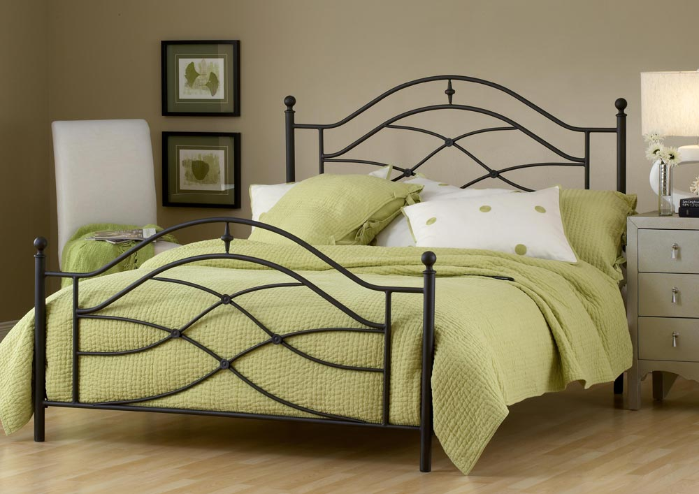 Hillsdale Cole Metal Poster Bed in Black Twinkle [King] by Hillsdale