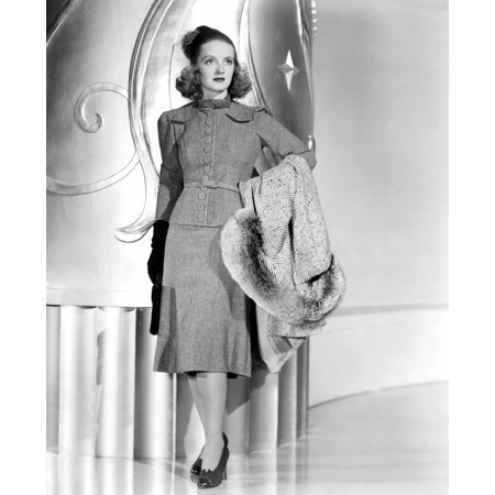 Bette Davis Modeling A Gray Wool Dress With A Blue And Gray Coat Trimmed In Lynx 1939 Photo Print