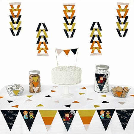 Trick or Treat - Halloween Party Triangle Party Decoration Kit - 72 Pieces