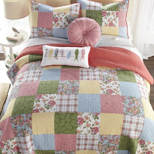 August Grove Holler Patch Quilt