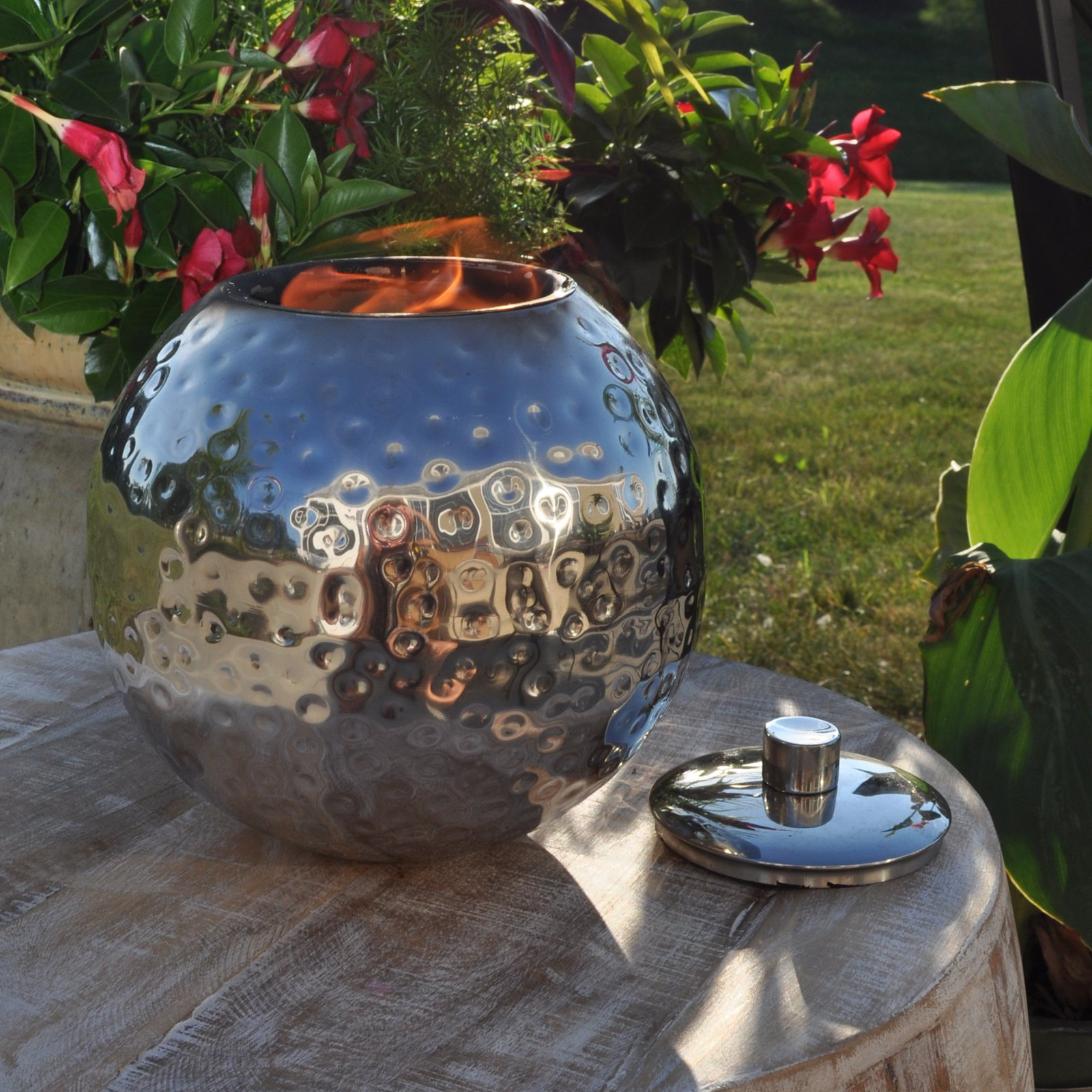 Olympia Firepot Torch by Starlite Garden and Patio Torche Co.