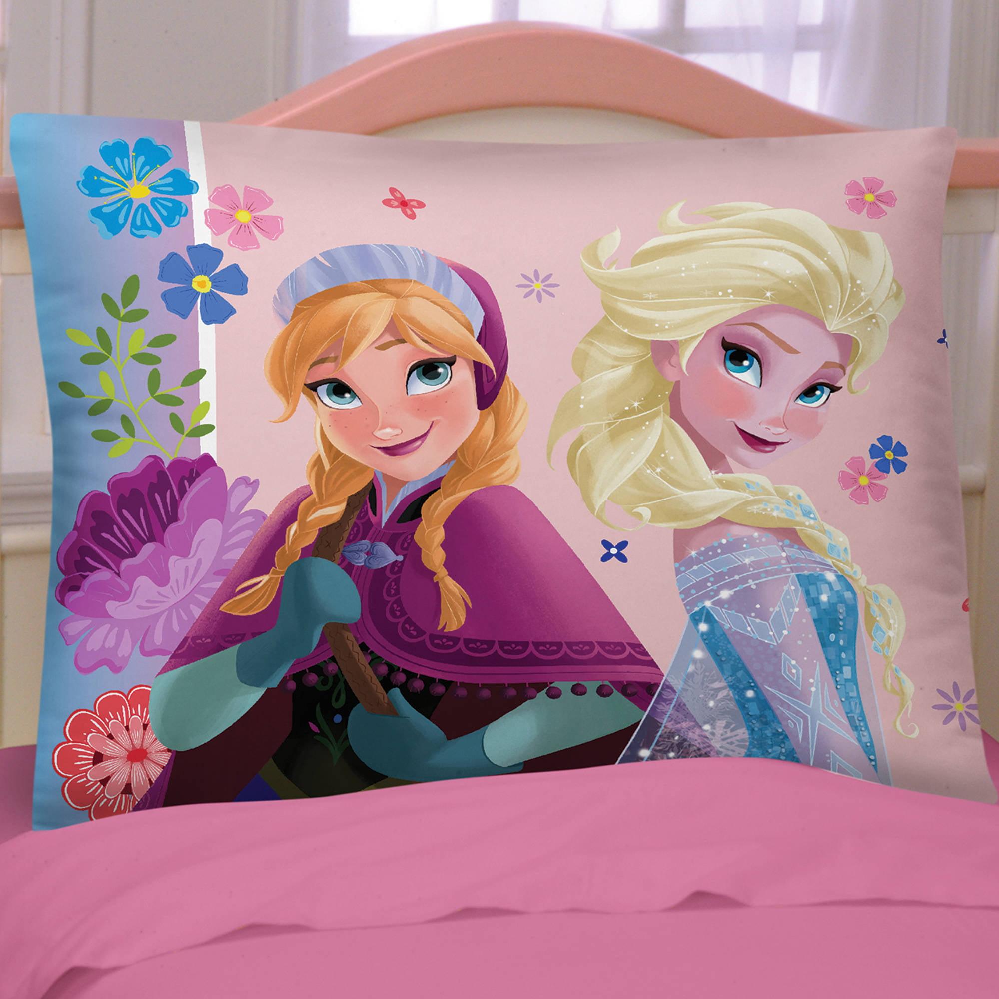 "Disney Frozen ""Flowering Friendship"" Microfiber Reversible Pillowcase"