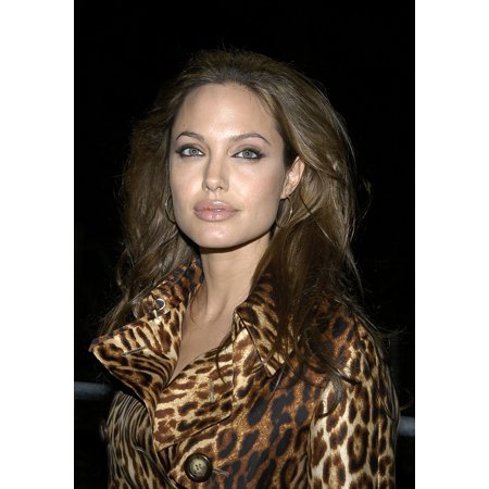 Angelina Jolie At Sharkspeare In The Park The Premiere Of Shark Tale At The Delacorte Theatre In Central Park New York September 27 2004 Photo Print