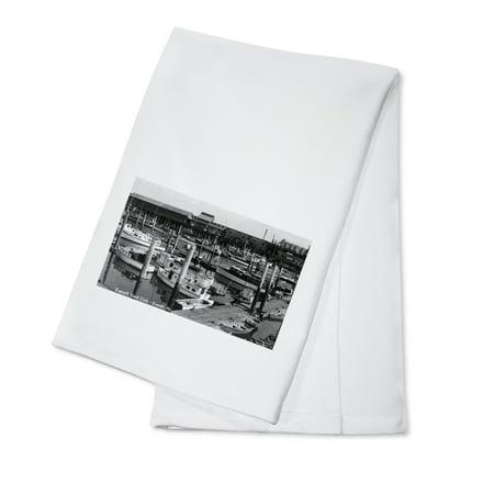 Linen Cotton Club - Everett, Washington - Aerial View of Everett Yacht Club and Harbor (100% Cotton Kitchen Towel)
