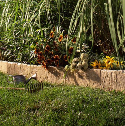 Suncast Flagstone Lawn Edging