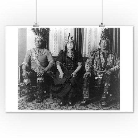 Indian Chief with Son and Daughter Photograph (9x12 Art Print, Wall Decor Travel
