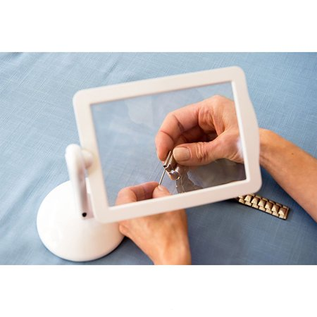 Rotatable Desktop Magnifying Lens with LED Light 360°Flexible Stand Presbyopic Glasses Gift