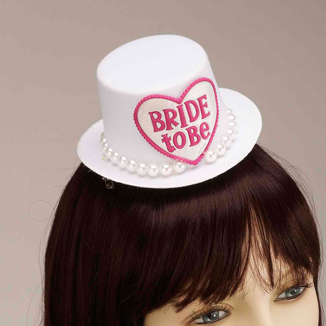 Bride To Be Mini Hat Hair clip Wht