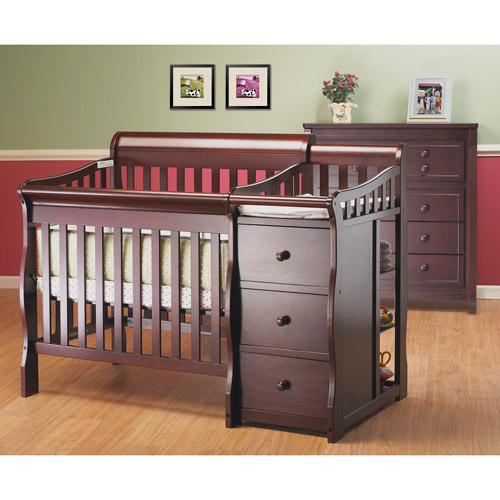 Sorelle Newport 2-in-1 Convertible Mini Crib and Changer Combo, Merlot