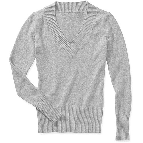 No Boundaries Juniors V-Neck Sweater
