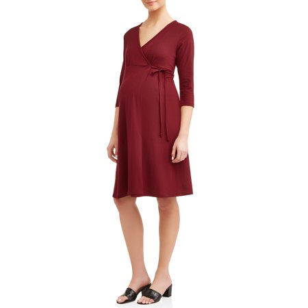Planet MotherhoodMaternity nursing friendly 3/4 sleeve wrap dress