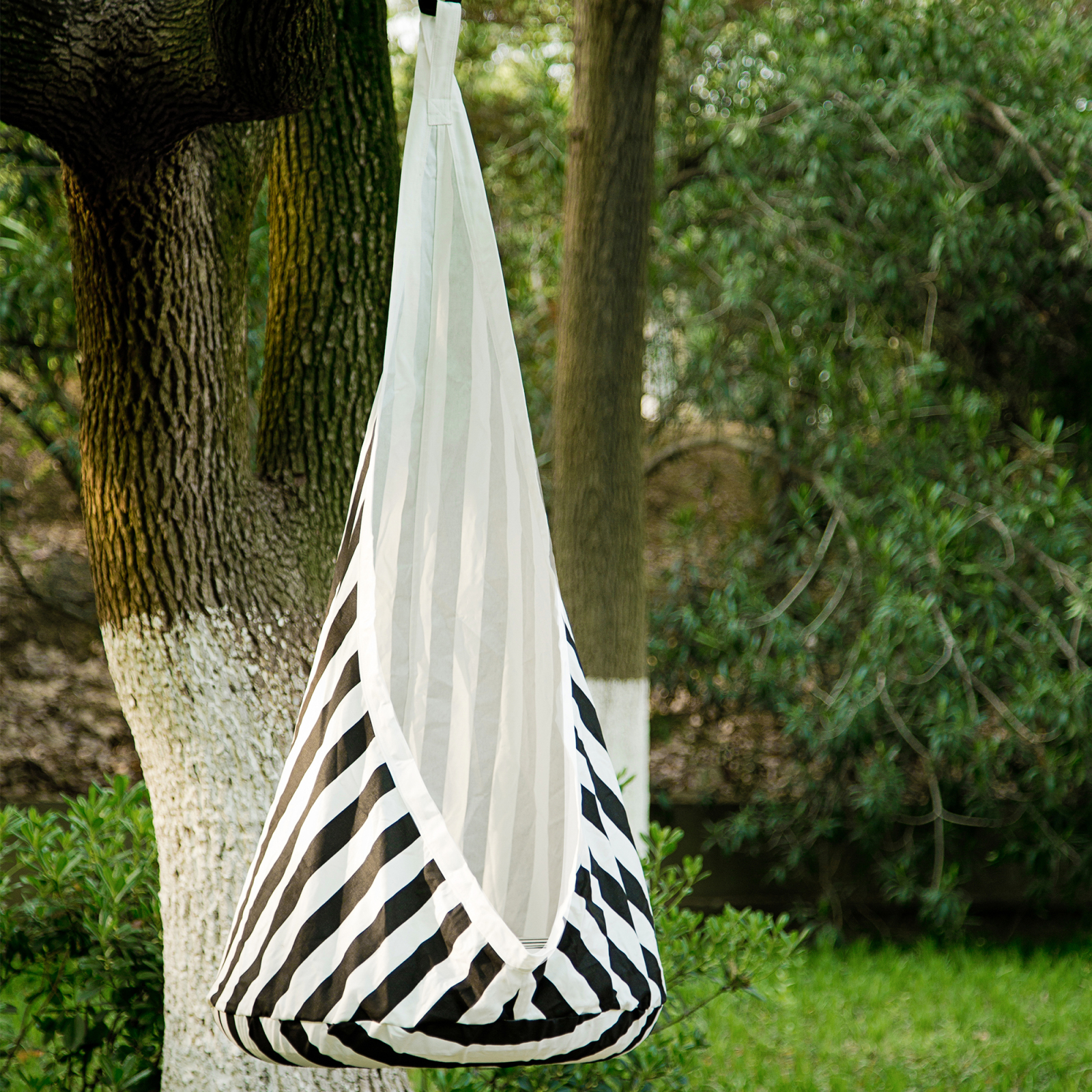 Samincom Kids Hanging Pod Swing Seat Hammock 100 Cotton Child Hammock Chair For Indoor And Outdoor Use White Black Stripe Walmart Com Walmart Com