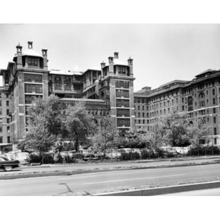 Facade of a hospital Bellevue Hospital Center New York City New York USA Canvas Art -  (18 x 24)](Party City Bellevue)