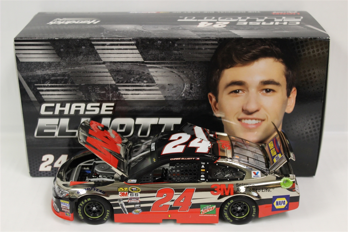 Chase Elliott 2016 3M 1:24 Color Chrome Nascar Diecast by Lionel Racing