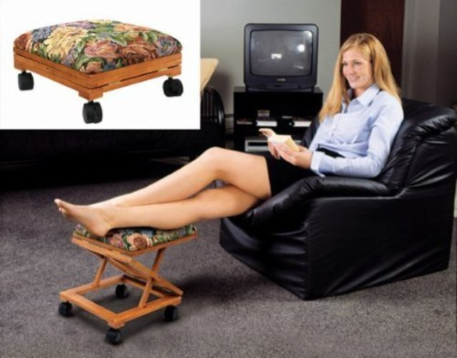 Footrest Adjustable Fold A Way Tapestry