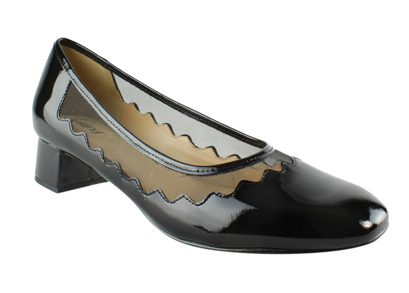 New Trotters Womens Black Pumps 9.5 Narrow (AA, N) by Trotters
