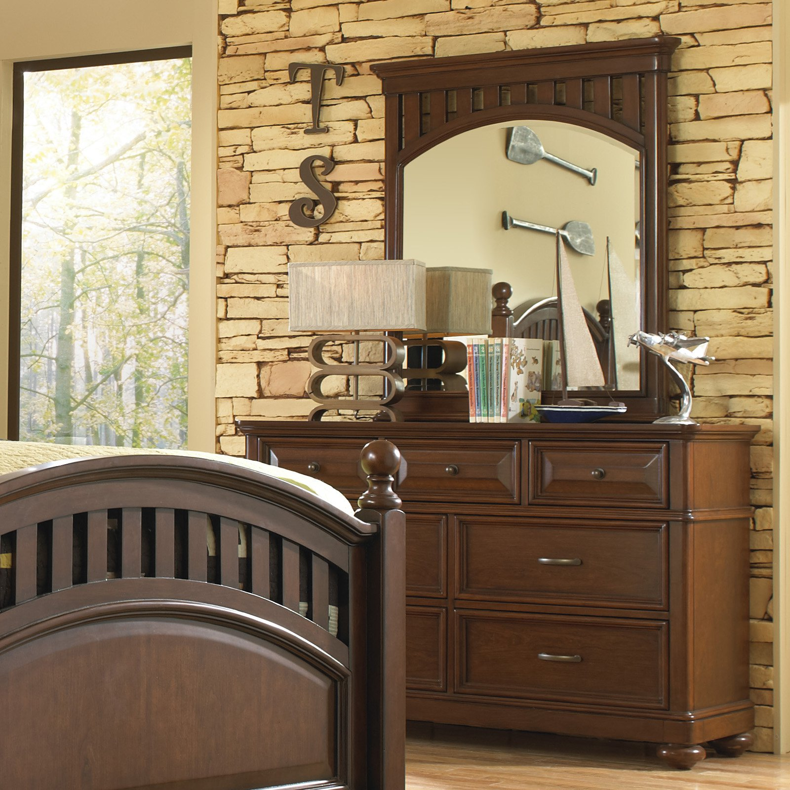 Expedition 7 Drawer Dresser - Cherry