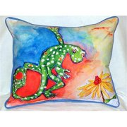 Betsy Drake HJ143 Gecko Large Indoor-Outdoor Pillow 16 in. x 20 in.