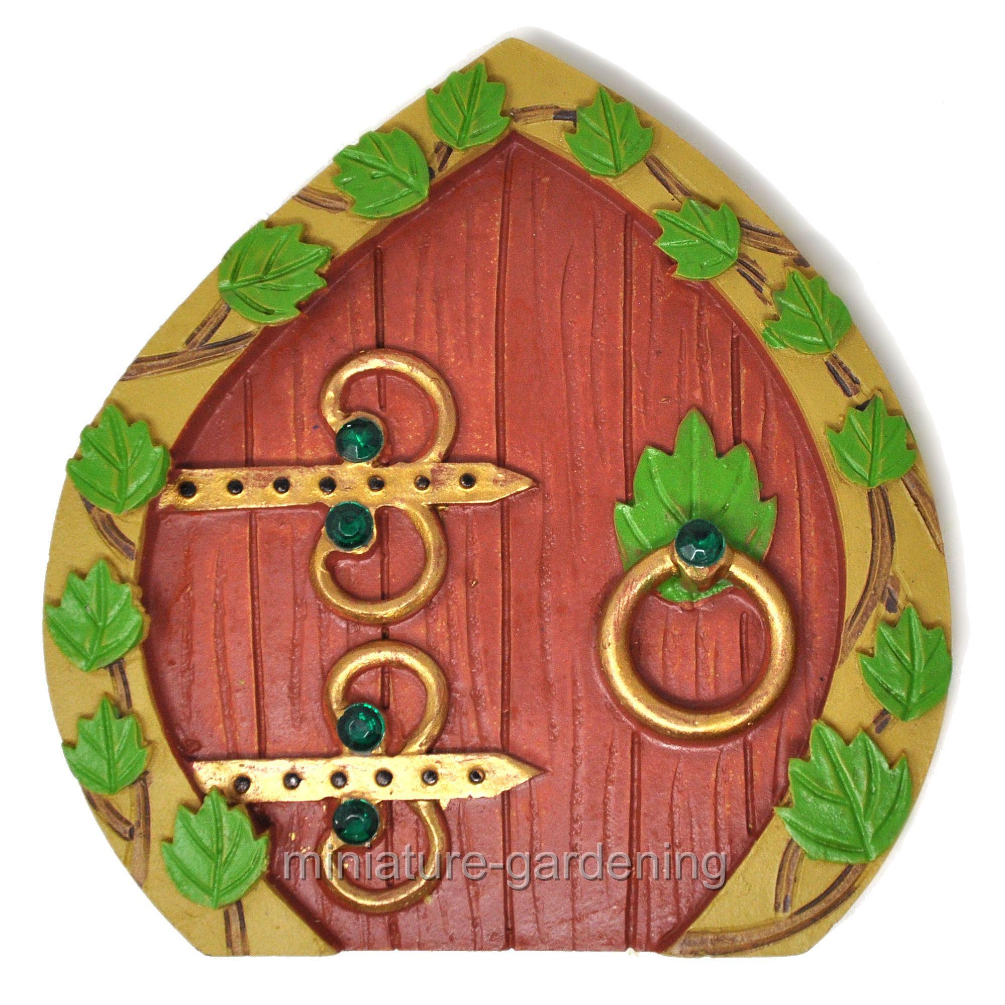 Darice Resin Fairy Garden Door 3 75 x 3 875 x  375 Inches