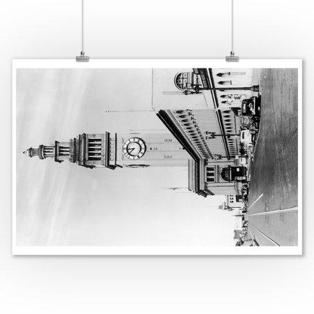 San Francisco, California - Exterior View of Ferry Building, Clock Tower - Lantern Press Artwork (9x12 Art Print, Wall Decor Travel (San Francisco Buildings)