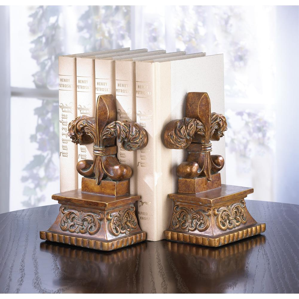 Small Bookends, Personalized Polyresin Fleur-de-lis Bookend Set For Children