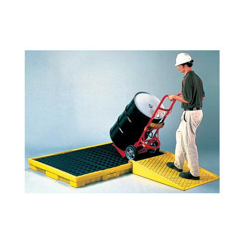 Eagle Manufacturing Company Polyethylene Spill Pallet With Grating With 66 Gallon Secondary Spill Capacity 77'' X 51 1/2'' X 6 1/2''
