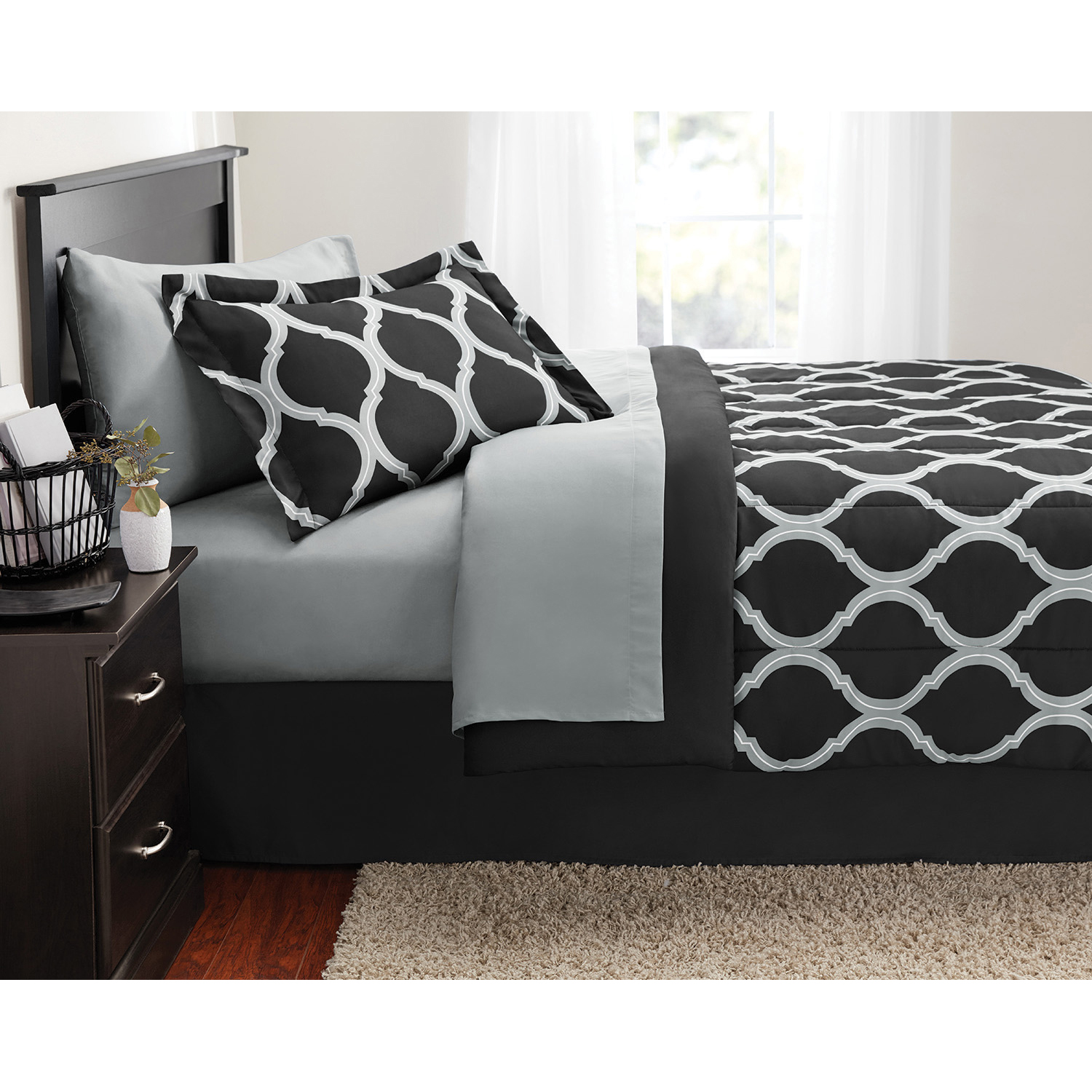 Mainstays Geometric Bed in a Bag Bedding Set
