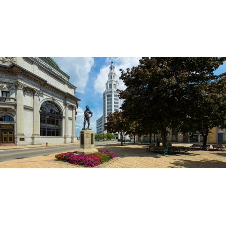 The Hiker Sculpture At Theodore Roosevelt Plaza Buffalo Savings Bank General Electric Building Buffalo New York State Usa Canvas Art   Panoramic Images  36 X 12