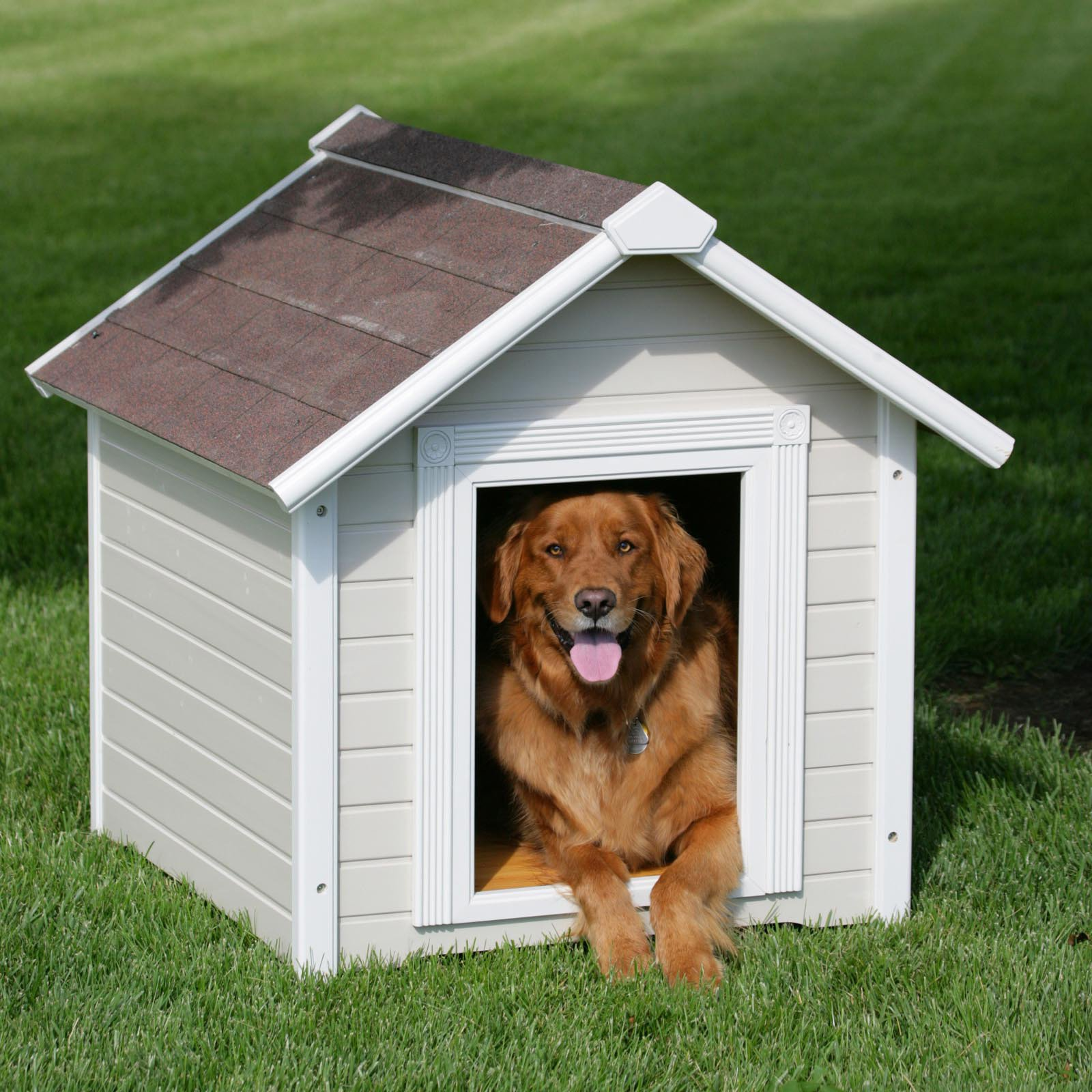 Precision Country Estate Luxury Dog House - Large