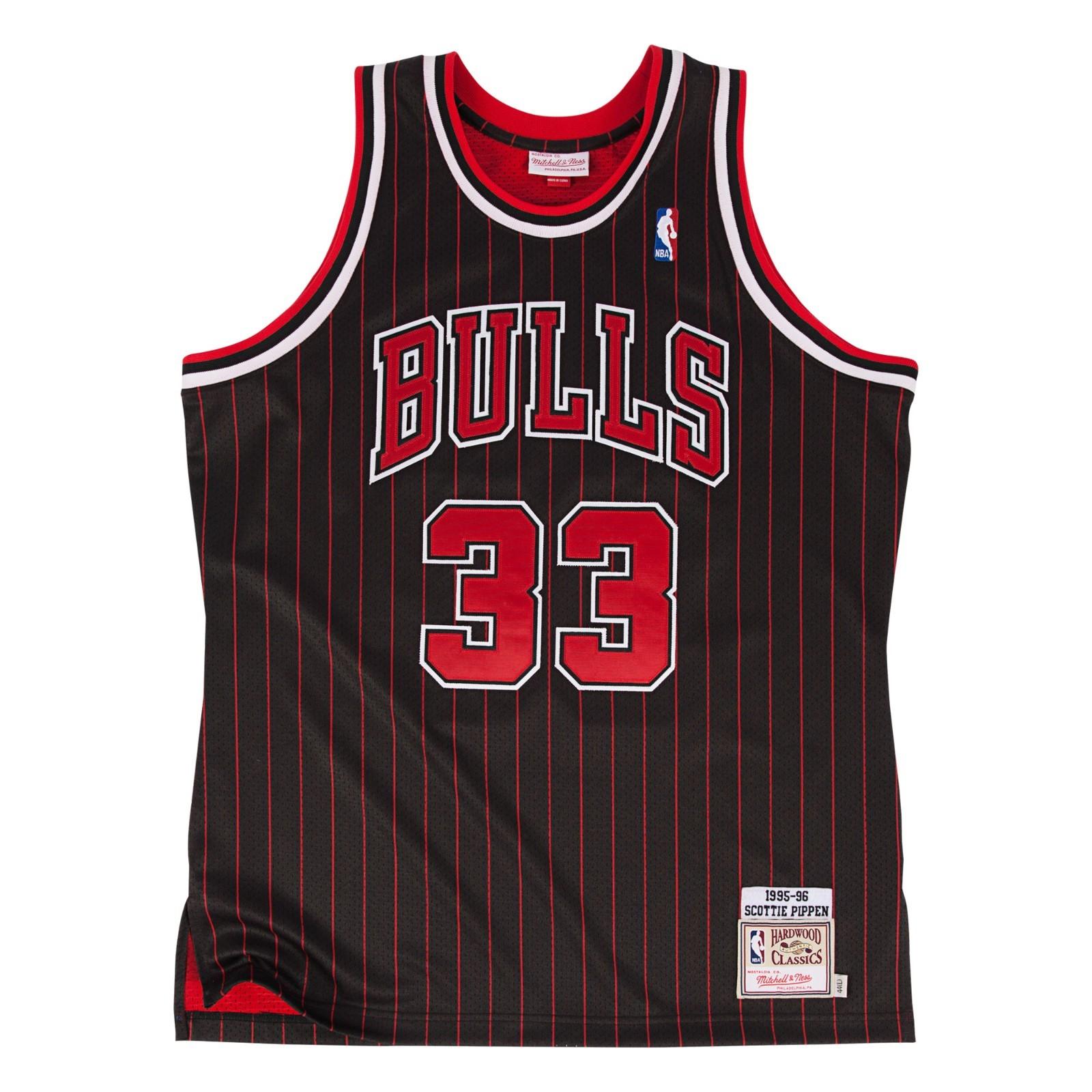 Scottie Pippen 1995-96 Chicago Bulls Mitchell & Ness Authentic Alternate Jersey