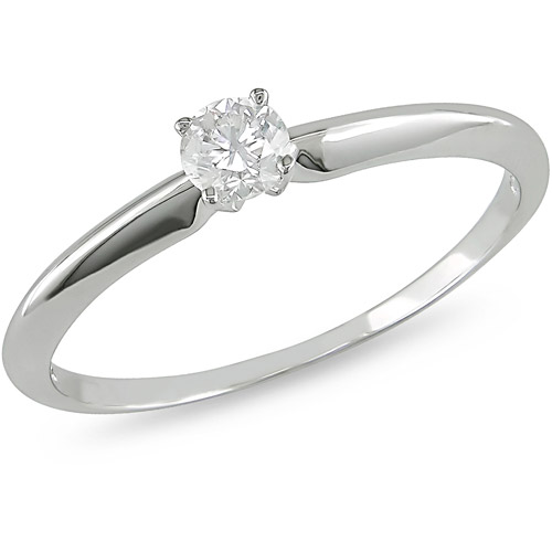 1/4 Carat T.W. Round Diamond Solitaire Ring in 10kt White Gold