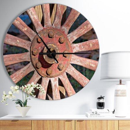 Wagon Wheel Clock (DESIGN ART Designart 'Red Metal Country Wagon Wheel' Oversized Farmhouse Wall)