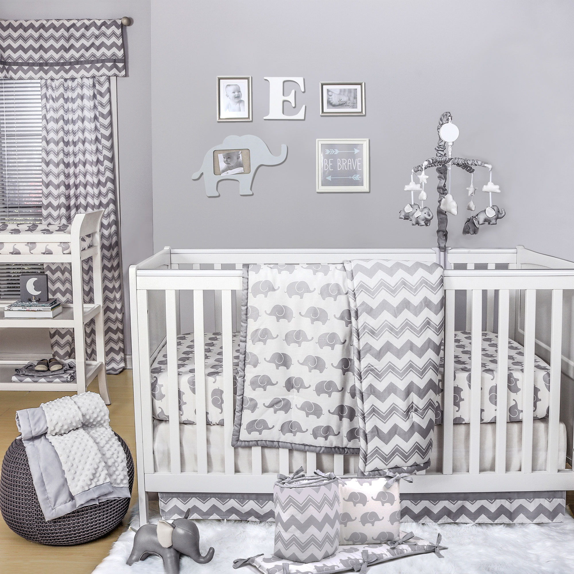 The Peanut Shell 5 Piece Baby Crib Bedding Set - Grey Zig Zag and Elephant Prints - 100% Cotton Quilt, Bumper, Dust Ruffle, Fitted Sheet, and Mobile