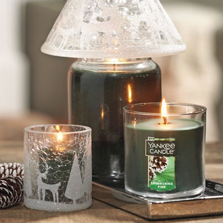 Great Rollback Savings On Our Favorite Holiday Scents From Yankee Candle