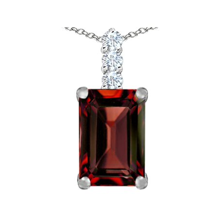 14x10mm Emerald (Star K Large 14x10mm Emerald Cut Simulated Garnet Pendant Necklace in Sterling Silver)