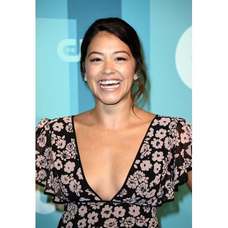 Gina Rodriguez At Arrivals For The Cw Upfront 2017 The London Hotel New York Ny May 18 2017 Photo By Derek StormEverett Collection Celebrity