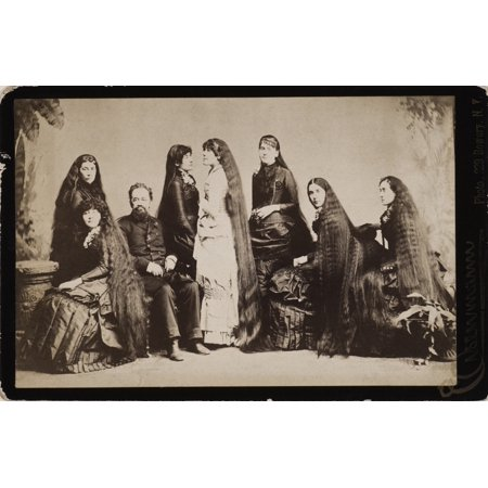 Seven Sutherland Sisters Nthe Seven Sutherland Sisters  With Their Father Fletcher  Of Niagara County New York Famed For Their Crowning Glory The Combined Lengths Of Which Was Thirty Six Feet Ten Inch