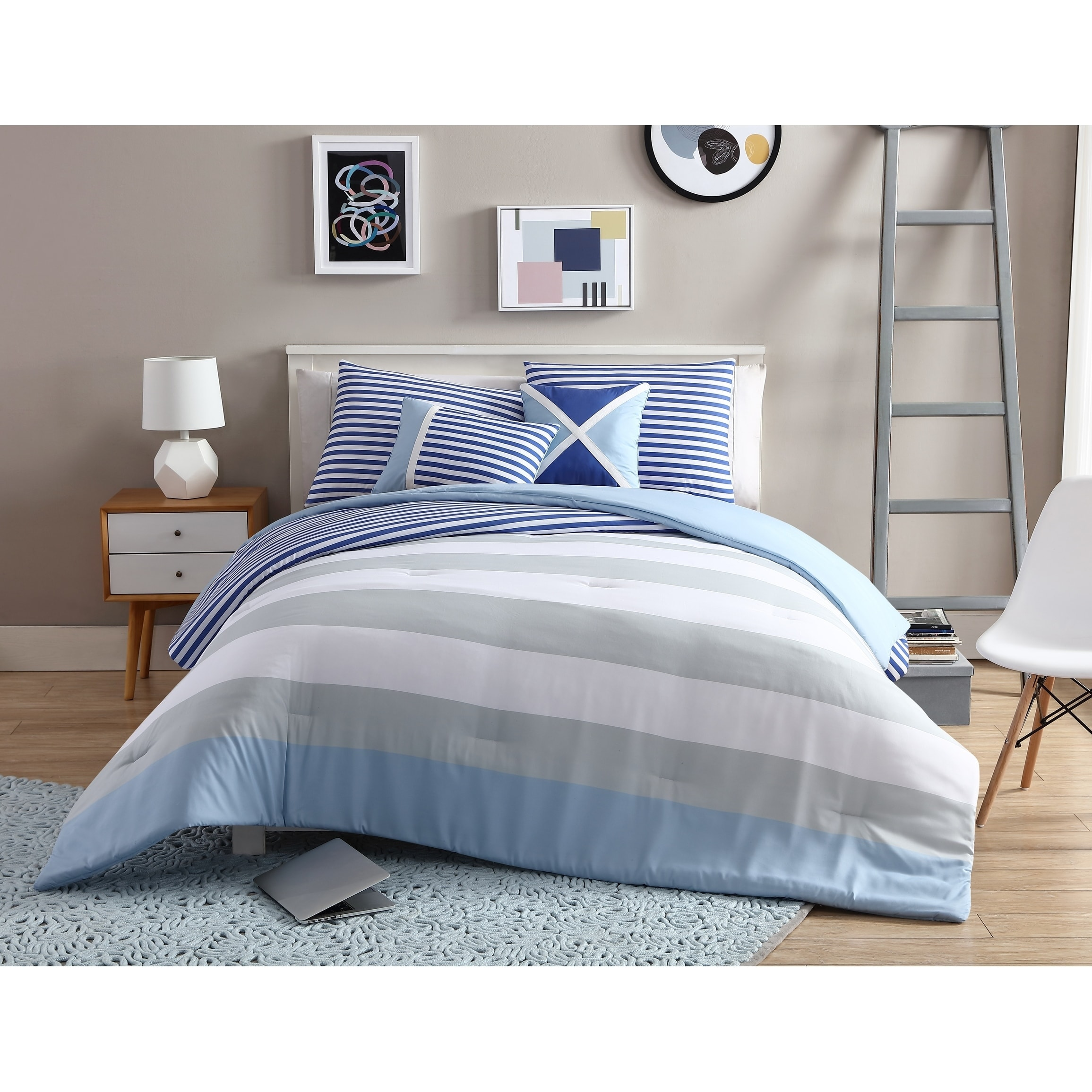 VCNY Home Navy/Grey Girl Collegiate Stripe 4/5-Piece Comforter Bedding Set, Shams and Decorative Pillows Included
