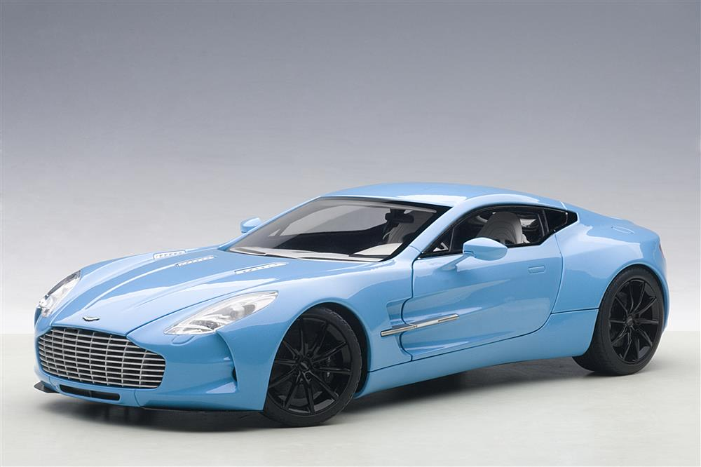 Aston Martin One 77 Tiffany Blue 1/18 Diecast Model Car By Autoart