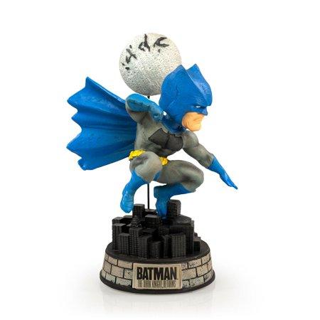 Superhero Bobbleheads (EXCLUSIVE Batman Bobblehead   Features Batman's Superhero Pose   8