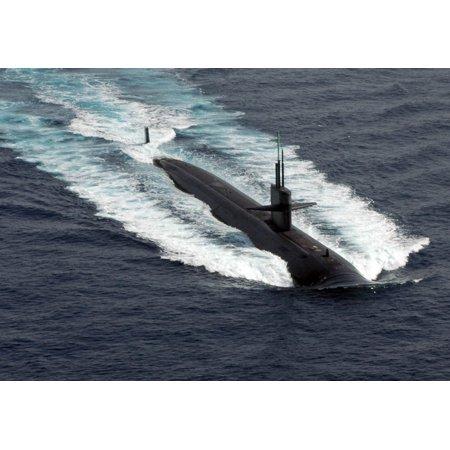 - LAMINATED POSTER 080417-N-3165S-098 ARABIAN SEA The Los Angeles class fast-attack submarine USS Norfolk (SSN-714) lea Poster Print 24 x 36
