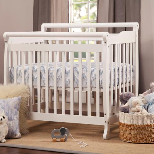 DaVinci Emily Mini Crib Cherry