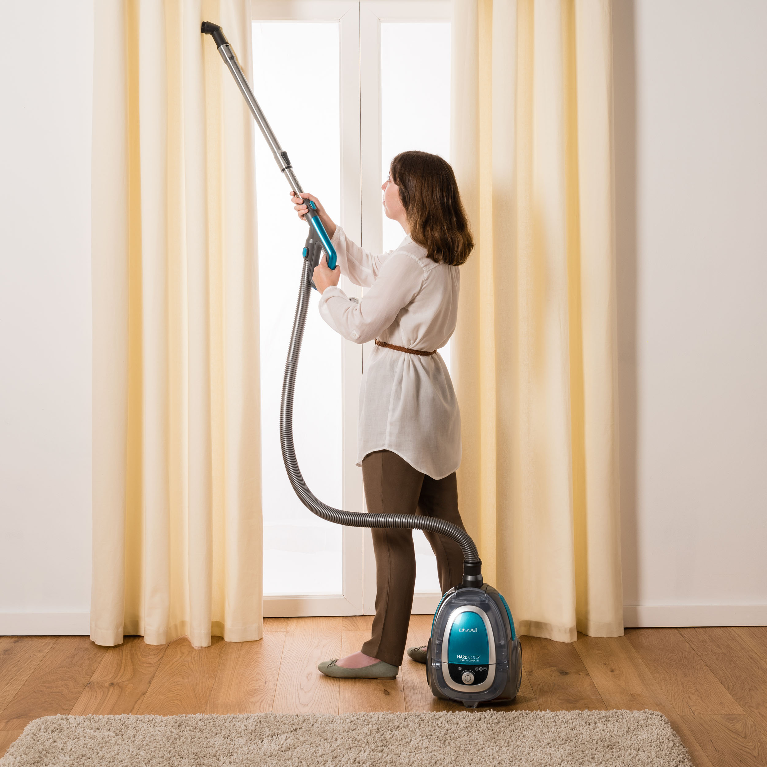 ... 2001 BISSELL Hard Floor Expert 36V Cordless Canister Vacuum, ...