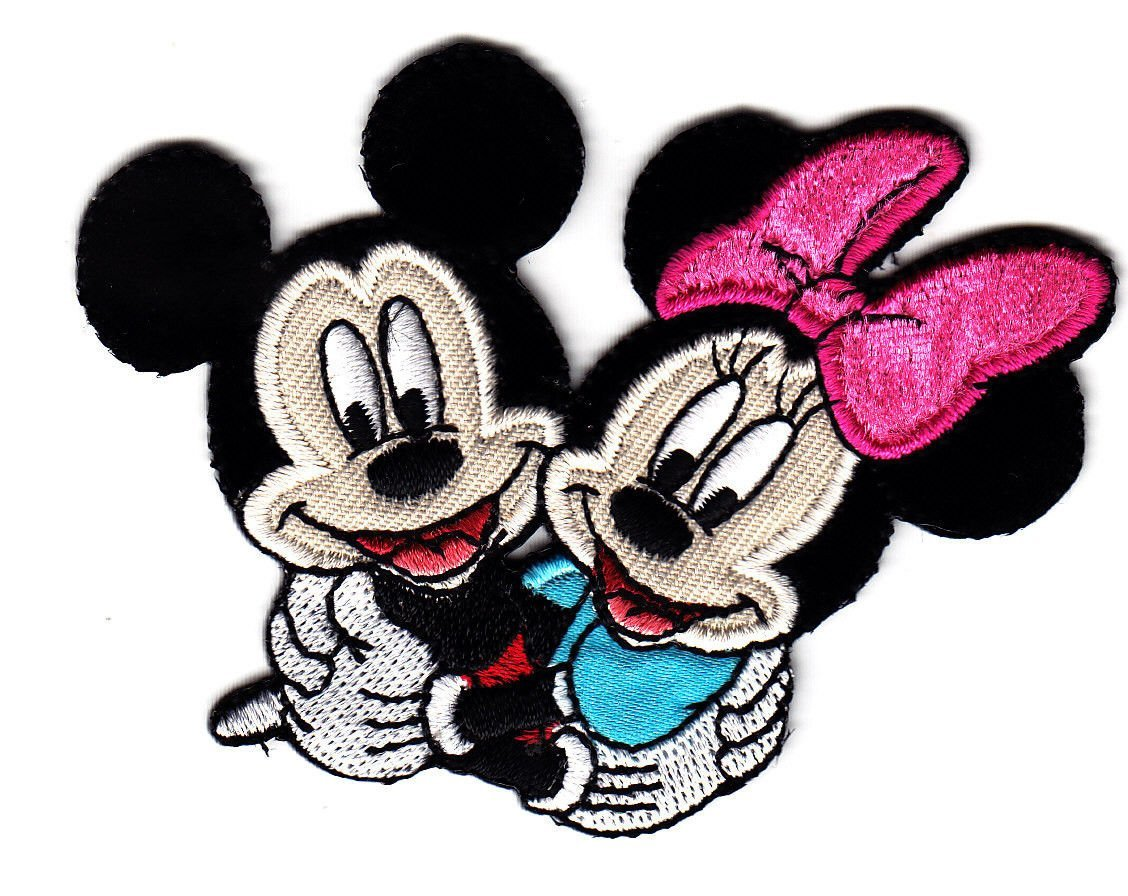 """Mickey Mouse~Embroidered Patch~3/"""" x 2 1//4/""""~Walt Disney~Iron or Sew~FREE US Mail"""